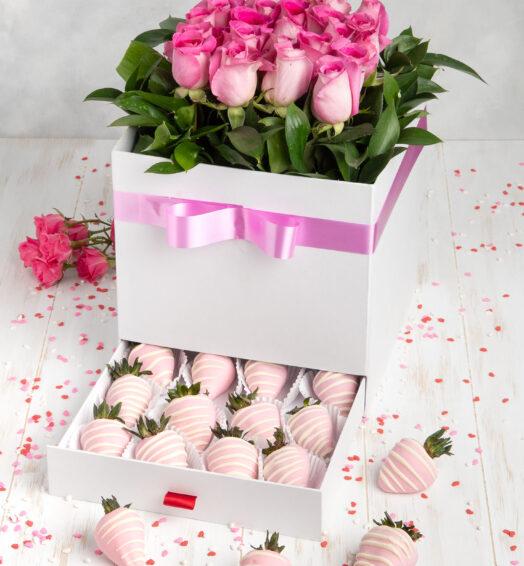 Baúl del amor (Rosas y fresas decoradas)